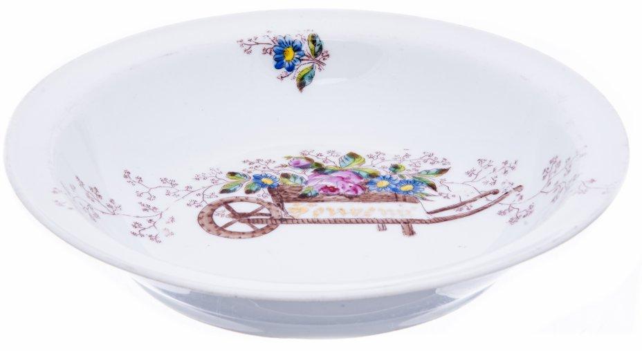 купить Тарелка с изображением телеги с цветами, фарфор, деколь, роспись, Западная Европа, 1900-1930 гг.