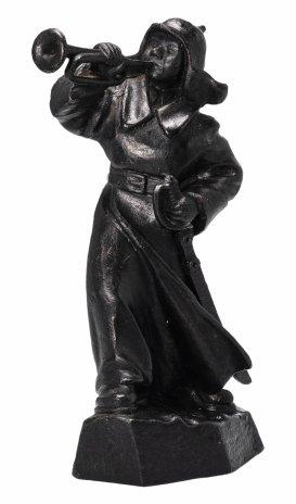 """купить Скульптура """"Горнист"""", чугун, крашение, Кусинский чугунолитейный завод, СССР, 1970-1980 гг."""