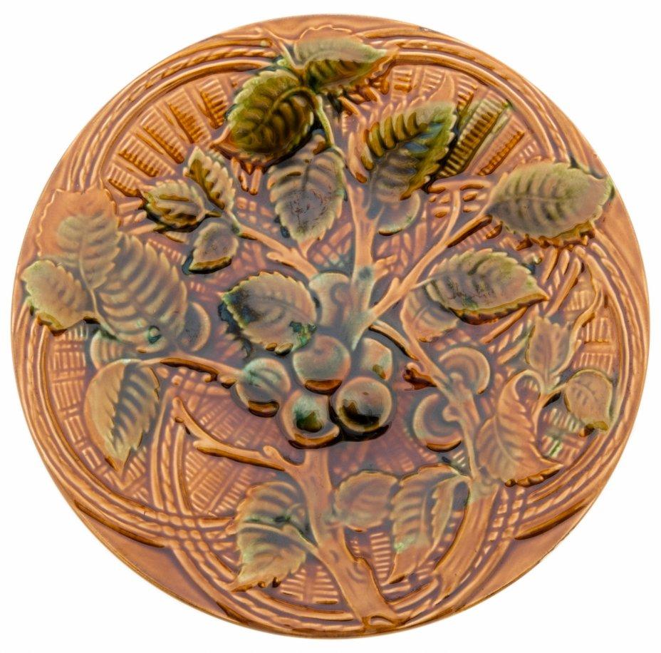 купить Тарелка настенная с рельефным изображением, фаянс, глазурь, СССР, 1970-1990 гг.