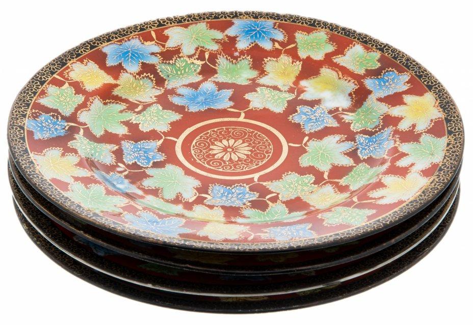 купить Набор из четырех десертных тарелок с растительным декором , фарфор, крытье, деколь, золочение, Китай, 1960-1990 гг.