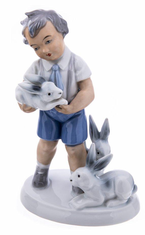 """купить Статуэтка """"Мальчик с кроликами"""", фарфор, роспись, мануфактура """"Gerold Porzellan"""", Бавария, 1960-1993 гг."""