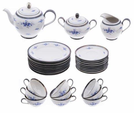 """купить Сервиз чайный на 9 персон (30 предметов) с декором в виде незабудок, фарфор, деколь, серебрение, мануфактура """"Kahla"""", Германия, 1937-1957 гг."""