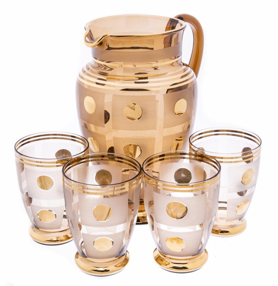 купить Кувшин и 4 стакана с золотым геометрическим узором, цветное стекло, матирование, золочение, Чехословакия, 1970-1990 гг.