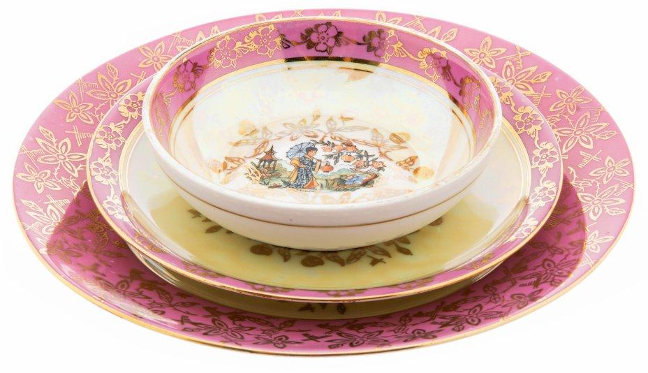 """купить Набор из трёх тарелок в стиле шинуазри """"Мадонна"""", фарфор, деколь, мануфактура """"Porzellanfabrik Spezialporzellan Eisenberg"""", Германия, 1970-1990 гг."""