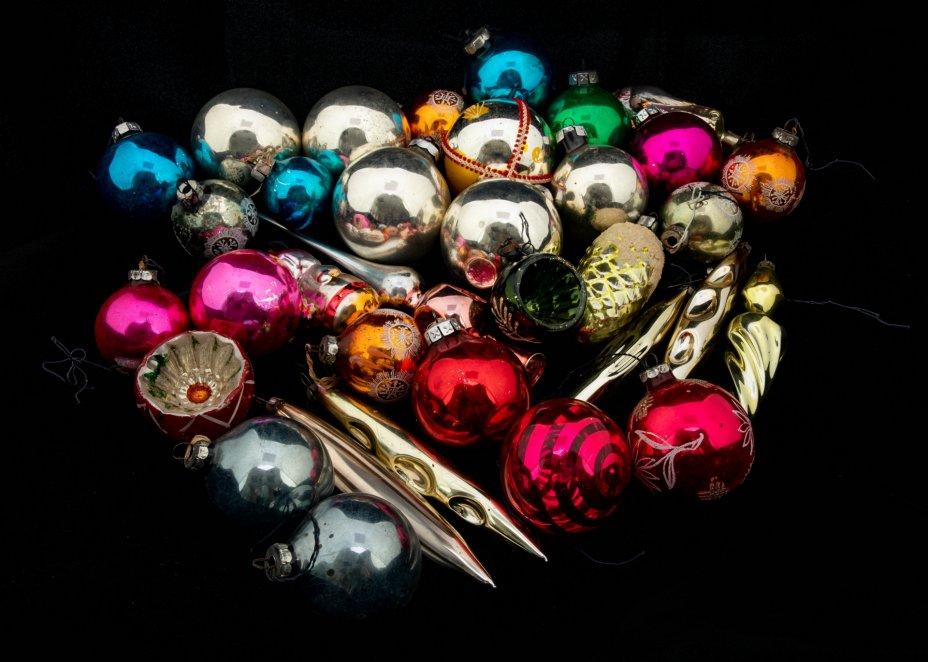 купить Набор из 36 ёлочных игрушек, стекло, металл, СССР, 1960-1990 гг.