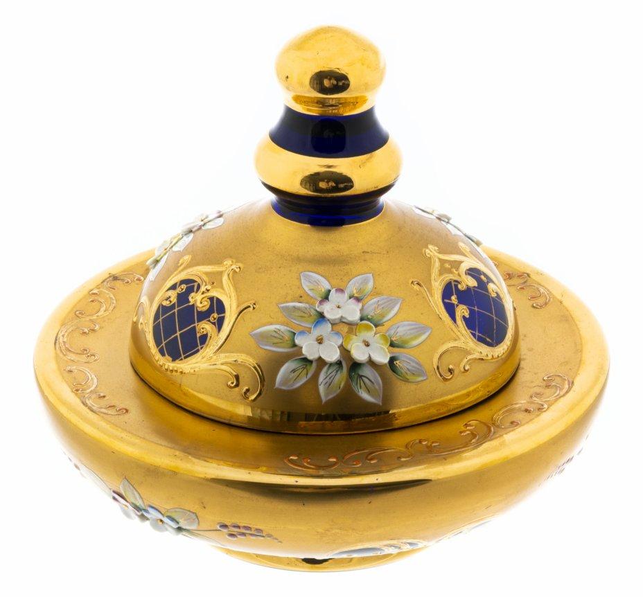 купить Ваза с крышкой украшенная лепным цветочным декором, стекло, золочение, Богемия, Чехословакия, 1970-1990 гг.