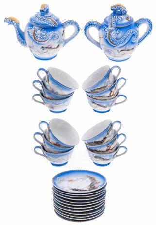 купить Сервиз чайный с рельефным изображением дракона , на 12 персон (26 предметов), фарфор, лепнина, роспись, золочение, Япония 1980-2000 гг.