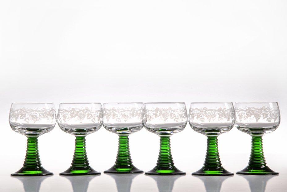 купить Набор фужеров из двухцветного стекла с декором в виде винограда (на 6 персон), стекло, Германия, 1970-1990 гг.