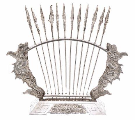 купить Набор из 12 шпажек на подставке, серебро 900 пр., Вьетнам, 1950-1960 гг.