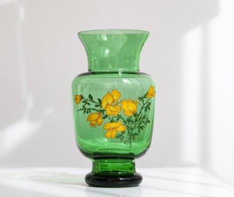 купить Ваза с изображением цветов, цветное стекло, деколь, СССР, 1970-1990 гг.