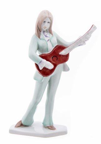 """купить Статуэтка """"Девушка с гитарой"""", фарфор, роспись, мануфактура """"Aquincum"""", Венгрия, 1948-1970 гг."""