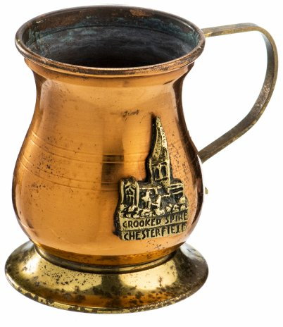 купить Кружка сувенирная пивная с изображением церкви Святой Марии и всех Святых, латунь, г. Честерфилд, графство Дербишир, Великобритания, 1980-1990 гг.